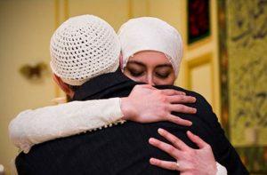 Kiat agar Suami Disayang Isteri